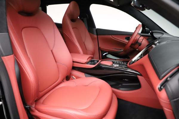 New 2021 Aston Martin DBX for sale $200,986 at Alfa Romeo of Westport in Westport CT 06880 21
