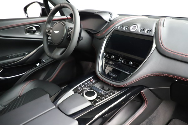 New 2021 Aston Martin DBX for sale $212,686 at Alfa Romeo of Westport in Westport CT 06880 20