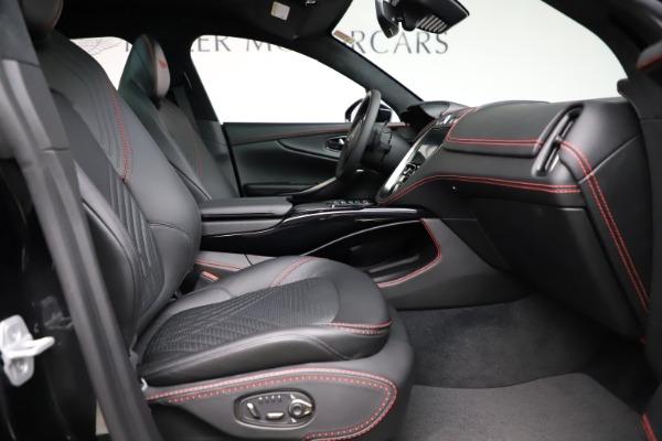 New 2021 Aston Martin DBX SUV for sale $212,686 at Alfa Romeo of Westport in Westport CT 06880 21