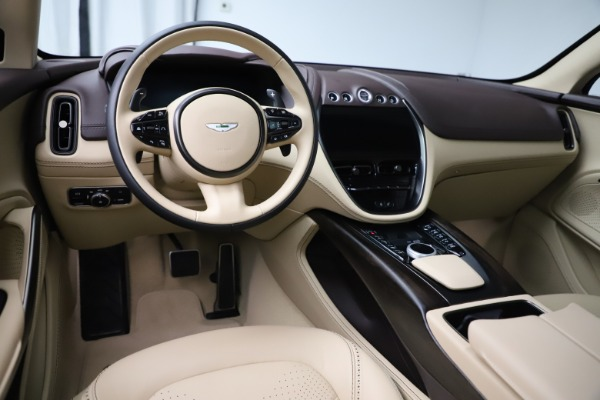 New 2021 Aston Martin DBX for sale $215,386 at Alfa Romeo of Westport in Westport CT 06880 13
