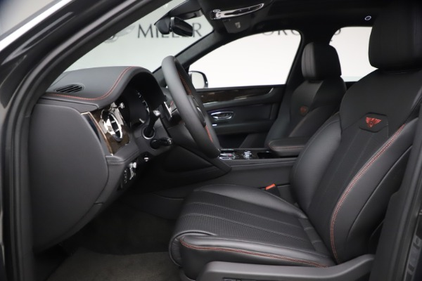 New 2021 Bentley Bentayga V8 for sale $213,720 at Alfa Romeo of Westport in Westport CT 06880 20