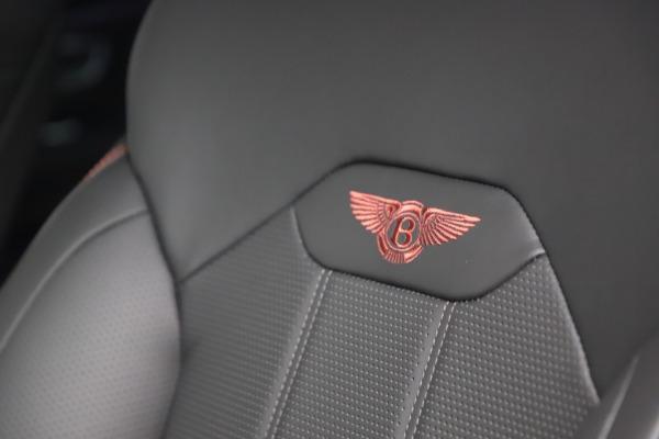 New 2021 Bentley Bentayga V8 for sale $213,720 at Alfa Romeo of Westport in Westport CT 06880 22