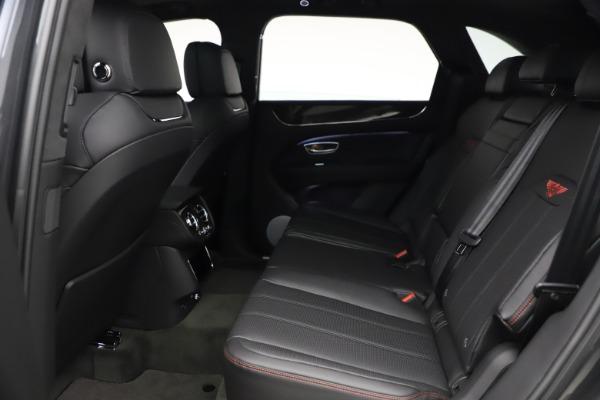 New 2021 Bentley Bentayga V8 for sale $213,720 at Alfa Romeo of Westport in Westport CT 06880 24