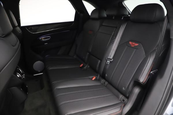 New 2021 Bentley Bentayga V8 for sale $213,720 at Alfa Romeo of Westport in Westport CT 06880 25