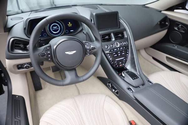 New 2021 Aston Martin DB11 Volante Convertible for sale $270,386 at Alfa Romeo of Westport in Westport CT 06880 19