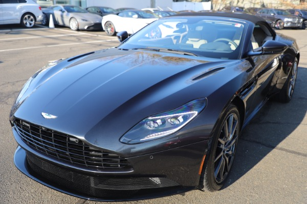 New 2021 Aston Martin DB11 Volante Convertible for sale $270,386 at Alfa Romeo of Westport in Westport CT 06880 27