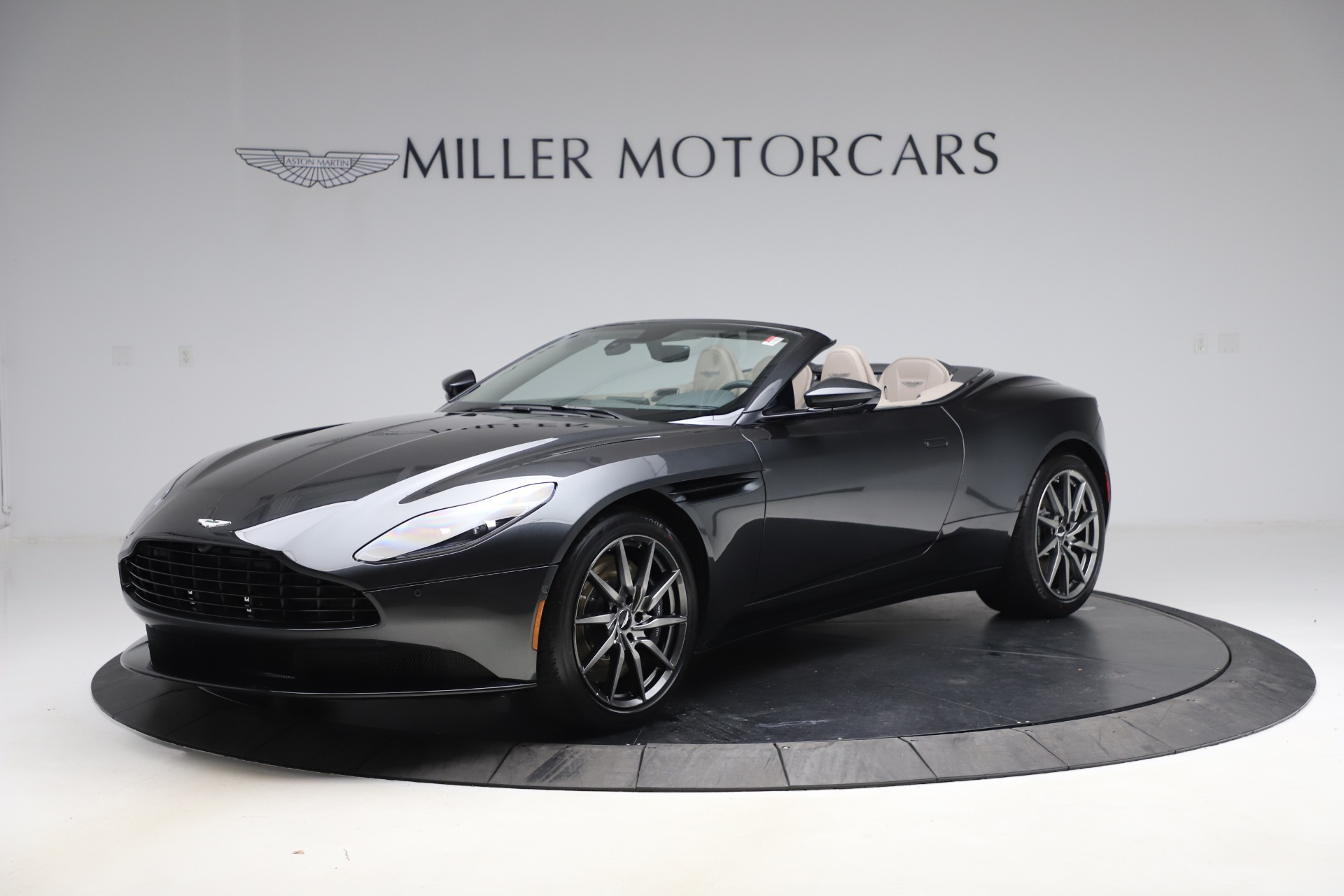 New 2021 Aston Martin DB11 Volante Convertible for sale $270,386 at Alfa Romeo of Westport in Westport CT 06880 1