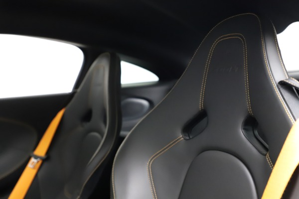 Used 2019 McLaren 600LT for sale Sold at Alfa Romeo of Westport in Westport CT 06880 18