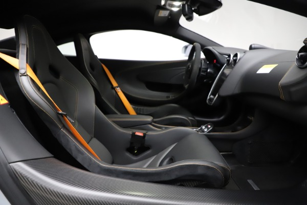 Used 2019 McLaren 600LT for sale $223,900 at Alfa Romeo of Westport in Westport CT 06880 20
