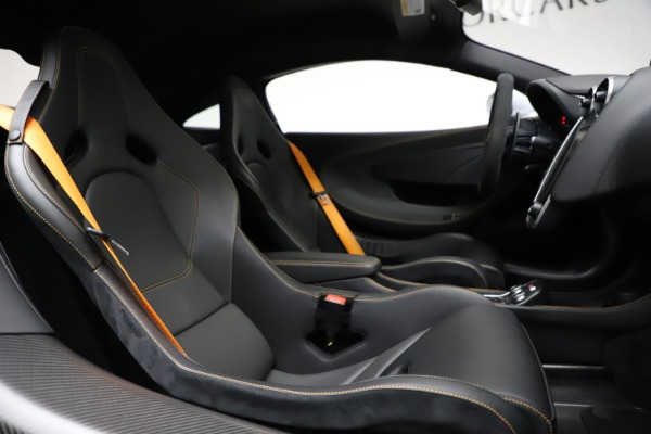 Used 2019 McLaren 600LT for sale $223,900 at Alfa Romeo of Westport in Westport CT 06880 21