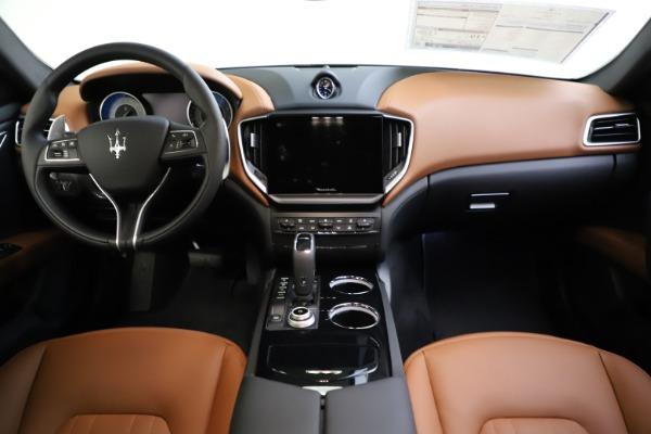 New 2021 Maserati Ghibli S Q4 for sale $90,925 at Alfa Romeo of Westport in Westport CT 06880 26