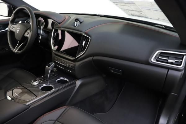 New 2021 Maserati Ghibli S Q4 GranSport for sale $98,035 at Alfa Romeo of Westport in Westport CT 06880 25