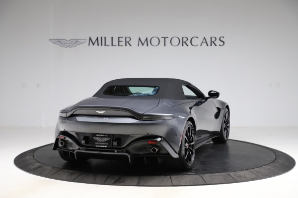 New 2021 Aston Martin Vantage Roadster Convertible for sale Sold at Alfa Romeo of Westport in Westport CT 06880 17