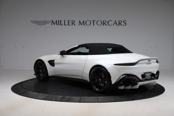 New 2021 Aston Martin Vantage Roadster Convertible for sale $189,186 at Alfa Romeo of Westport in Westport CT 06880 23