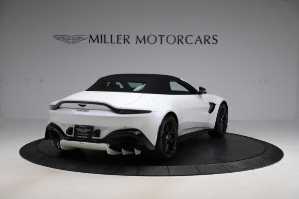 New 2021 Aston Martin Vantage Roadster Convertible for sale $189,186 at Alfa Romeo of Westport in Westport CT 06880 24