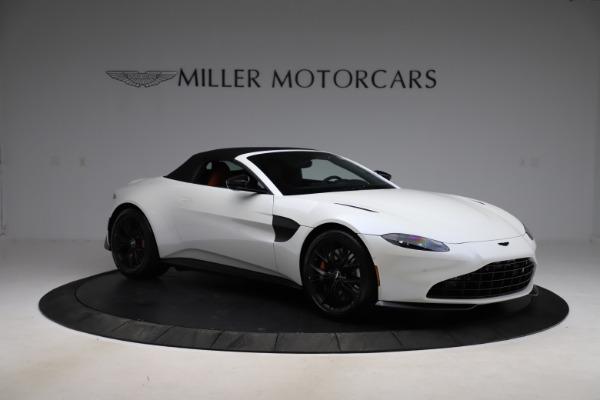 New 2021 Aston Martin Vantage Roadster Convertible for sale $189,186 at Alfa Romeo of Westport in Westport CT 06880 26