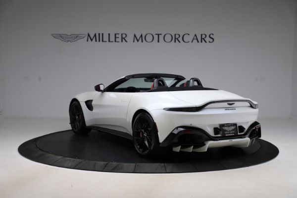 New 2021 Aston Martin Vantage Roadster Convertible for sale $189,186 at Alfa Romeo of Westport in Westport CT 06880 4