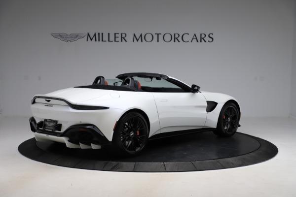 New 2021 Aston Martin Vantage Roadster Convertible for sale $189,186 at Alfa Romeo of Westport in Westport CT 06880 7