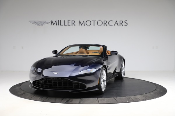 New 2021 Aston Martin Vantage Roadster Convertible for sale $205,686 at Alfa Romeo of Westport in Westport CT 06880 12