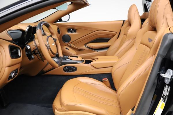 New 2021 Aston Martin Vantage Roadster Convertible for sale $205,686 at Alfa Romeo of Westport in Westport CT 06880 14