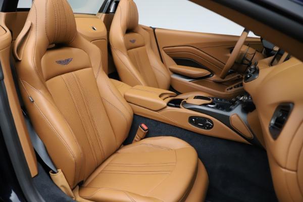 New 2021 Aston Martin Vantage Roadster Convertible for sale $205,686 at Alfa Romeo of Westport in Westport CT 06880 21