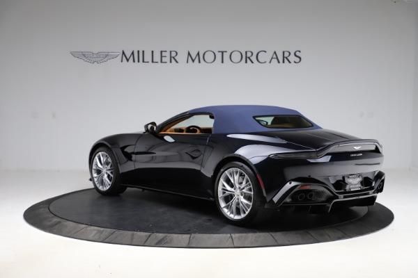 New 2021 Aston Martin Vantage Roadster Convertible for sale $205,686 at Alfa Romeo of Westport in Westport CT 06880 26