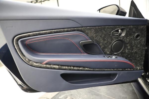 New 2021 Aston Martin DBS Superleggera Volante for sale $402,286 at Alfa Romeo of Westport in Westport CT 06880 23