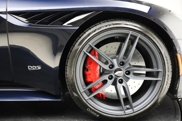 New 2021 Aston Martin DBS Superleggera Volante for sale $402,286 at Alfa Romeo of Westport in Westport CT 06880 27