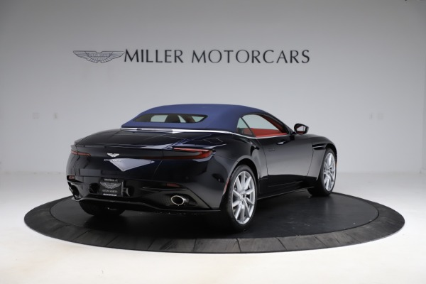 New 2021 Aston Martin DB11 Volante Convertible for sale $261,486 at Alfa Romeo of Westport in Westport CT 06880 28