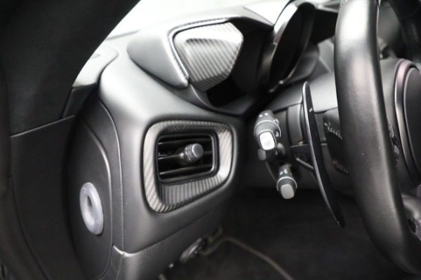 Used 2019 Aston Martin Vantage for sale $129,900 at Alfa Romeo of Westport in Westport CT 06880 19