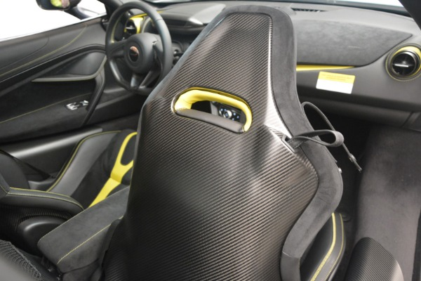 Used 2018 McLaren 720S Performance for sale $234,900 at Alfa Romeo of Westport in Westport CT 06880 27