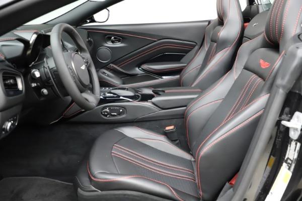 New 2021 Aston Martin Vantage Roadster Convertible for sale $189,186 at Alfa Romeo of Westport in Westport CT 06880 14