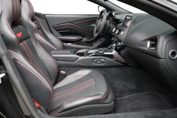 New 2021 Aston Martin Vantage Roadster Convertible for sale $189,186 at Alfa Romeo of Westport in Westport CT 06880 19