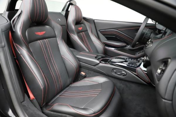 New 2021 Aston Martin Vantage Roadster Convertible for sale $189,186 at Alfa Romeo of Westport in Westport CT 06880 20