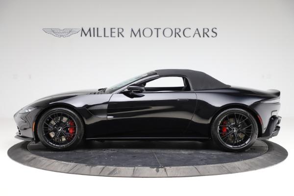 New 2021 Aston Martin Vantage Roadster Convertible for sale $189,186 at Alfa Romeo of Westport in Westport CT 06880 28