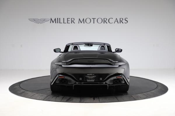 New 2021 Aston Martin Vantage Roadster Convertible for sale $189,186 at Alfa Romeo of Westport in Westport CT 06880 5