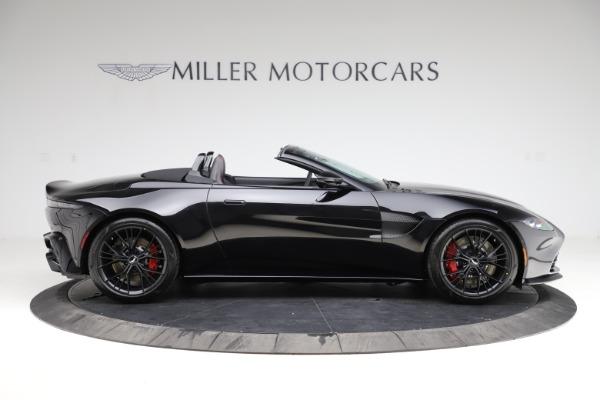 New 2021 Aston Martin Vantage Roadster Convertible for sale $189,186 at Alfa Romeo of Westport in Westport CT 06880 8