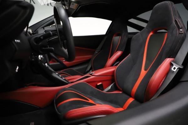 Used 2018 McLaren 720S Performance for sale Call for price at Alfa Romeo of Westport in Westport CT 06880 18