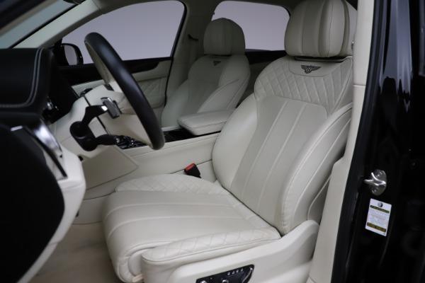 Used 2018 Bentley Bentayga W12 Signature for sale $154,900 at Alfa Romeo of Westport in Westport CT 06880 20