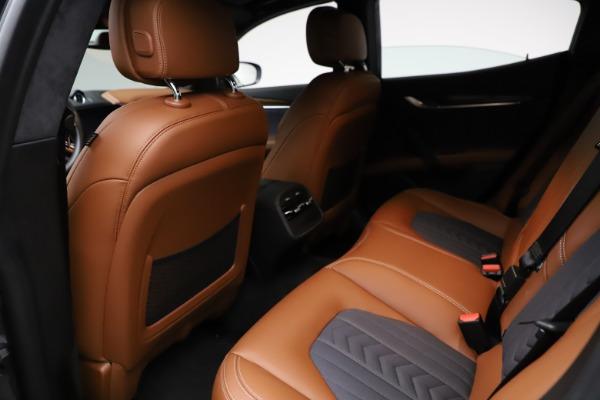 Used 2018 Maserati Ghibli SQ4 GranLusso for sale $51,900 at Alfa Romeo of Westport in Westport CT 06880 17