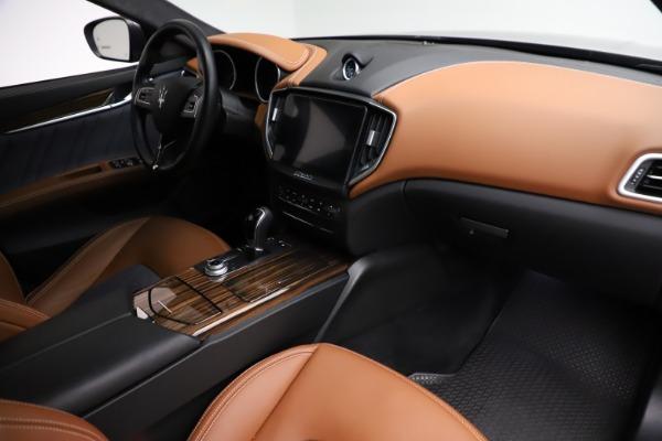 Used 2018 Maserati Ghibli SQ4 GranLusso for sale $51,900 at Alfa Romeo of Westport in Westport CT 06880 21