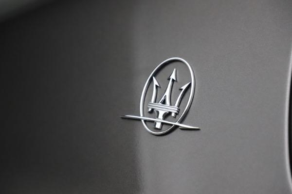 Used 2018 Maserati Ghibli SQ4 GranLusso for sale $51,900 at Alfa Romeo of Westport in Westport CT 06880 26