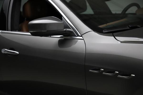 Used 2018 Maserati Ghibli SQ4 GranLusso for sale $51,900 at Alfa Romeo of Westport in Westport CT 06880 27