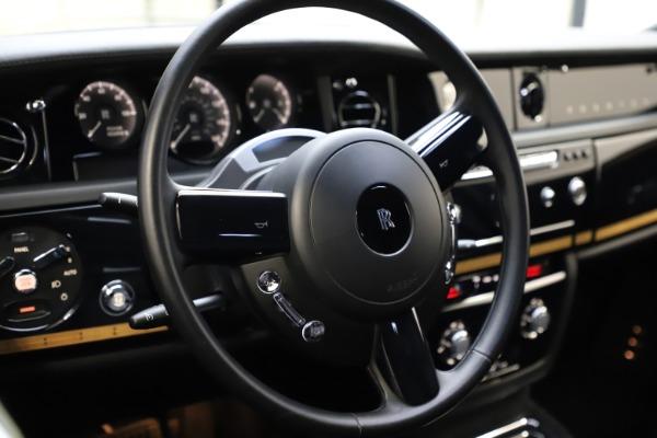 Used 2015 Rolls-Royce Phantom EWB for sale $289,900 at Alfa Romeo of Westport in Westport CT 06880 12