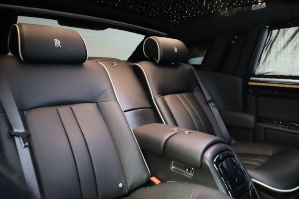 Used 2015 Rolls-Royce Phantom EWB for sale $299,900 at Alfa Romeo of Westport in Westport CT 06880 15
