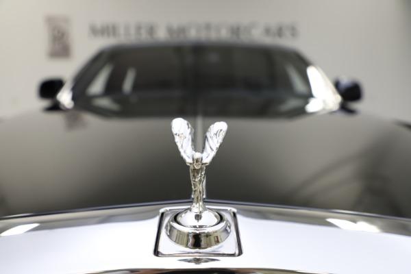 Used 2015 Rolls-Royce Phantom EWB for sale $299,900 at Alfa Romeo of Westport in Westport CT 06880 20