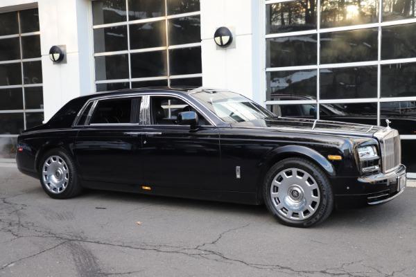 Used 2015 Rolls-Royce Phantom EWB for sale $289,900 at Alfa Romeo of Westport in Westport CT 06880 3