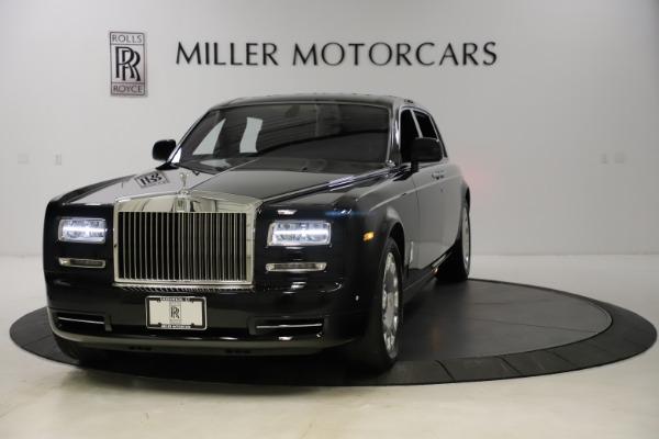 Used 2015 Rolls-Royce Phantom EWB for sale $299,900 at Alfa Romeo of Westport in Westport CT 06880 1
