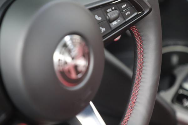 New 2021 Alfa Romeo Giulia Ti Sport Q4 for sale $56,300 at Alfa Romeo of Westport in Westport CT 06880 17