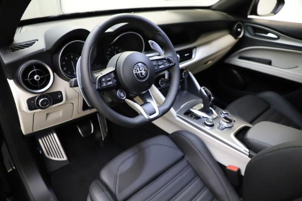 New 2021 Alfa Romeo Stelvio Ti Sport Q4 for sale $54,950 at Alfa Romeo of Westport in Westport CT 06880 13